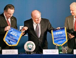 Blatter durante coletiva sobre a Copa de 2018 na Rússia