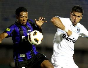 André Lima comemora gol do Grêmio contra o Liverpool-URU