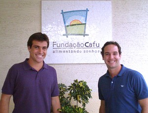 Thiago Asmar e Caio Ribeiro na Fundação Cafu