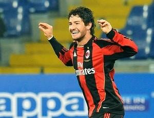 Pato comemora gol do Milan (Foto: EFE)