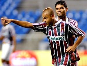 Carlinhos comemora gol do Fluminense contra o Macaé