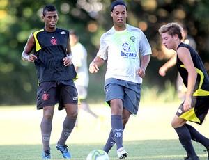 Muralha Ronaldinho Adryan treino Flamengo