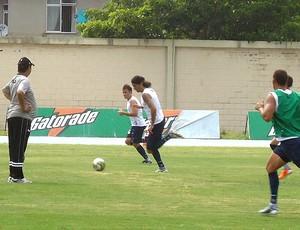 Loco Abreu no treino do Botafogo