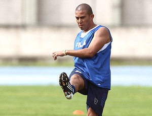 Arévalo no treino do Botafogo (Foto: Satiro Sodré / Ag. Estado)