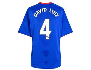 David LUiz ganha a camisa 4 do Chelsea