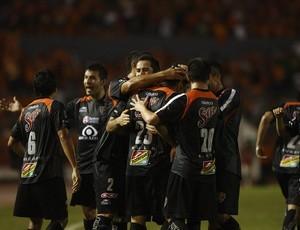 jogadores do Jaguares comemoram