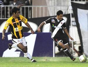 Eder Luis vasco x Volta Redonda (Foto: Fotocom)