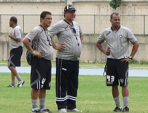 Técnico Joel Santana (Foto: Gustavo Rotstein / GLOBO ESPORTE.COM)
