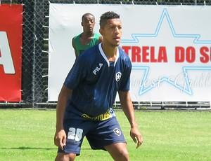 Antônio Carlos no treino do Botafogo (Foto: Gustavo Rotstein / GLOBOESPORTE.COM)