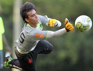 Cesar treino Flamengo (Foto: Alexandre Cassiano / Agência O Globo)