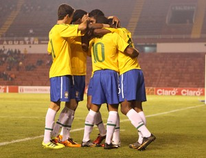Brasil x Equador sub-20 (Foto: Mowa Press)