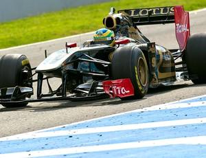 Bruno Senna no teste da Renault-Lotus (Foto: EFE)