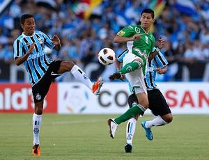 Lucio Grêmio Arce Oriente Petrolero (Foto: Reuters)