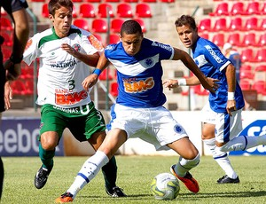 ipatinga  x cruzeiro wellington paulista (Foto: Washington Alves/VIPCOMM)