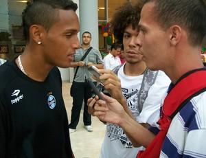 Lateral Gilson, do Grêmio, em Barranquilla (Foto: Eduardo Cecconi/Globoesporte.com)