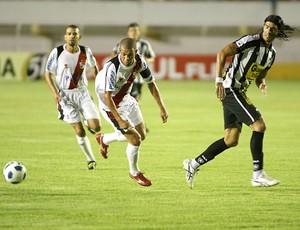Loco Abreu Botafogo x River Plate-SE (Foto: Ag. Estado)