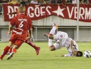 Rio Branco e Atlético PR (Foto: Divulgação / Joka Madruga)