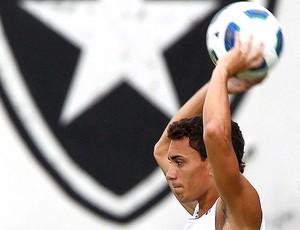 Caio treino Botafogo (Foto: Ivo Gonzalez / Agência O Globo)