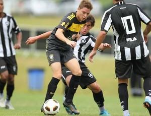 Adryan Seleção sub-17 (Foto: Divulgação / site oficial)