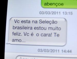 mensagem celular Henrique Cruzeiro (Foto: Marco Antônio Astoni / Globoesporte.com)