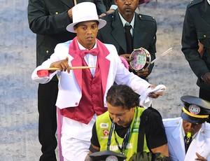ronaldinho gaúcho flamengo mangueira sapucaí (Foto: Celso Pupo / Agência Estado)