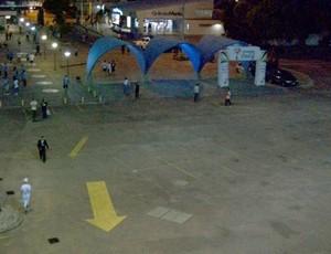 Público pequeno no Estádio Olímpico (Foto: Eduardo Cecconi / Globoesporte.com)