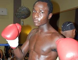Lutador haitiano Evens Pierre (Foto: Divulgação)