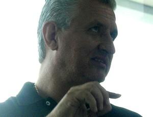 Eduardo Maluf, diretor de futebol do Atlético-MG (Foto: Rodrigo Fuscaldi / Globoesporte.com)