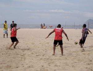 treino Flamengo Areia Leme (Foto: Lucas Loos / Globoesporte.com)