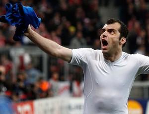 pandev internazionale gol bayern de munique (Foto: agência Reuters)