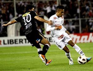 http://s.glbimg.com/es/ge/f/300x230/2011/03/16/jorquera_neymar_reu.jpg