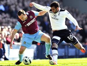 Sandro na partida do Tottenham contra o West Ham (Foto: AFP)