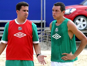 treino do Santos para o mundialito de futebol de areia (Foto: Igor Christ / GLOBOESPORTE.COM)