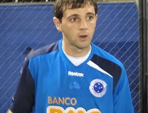 Montillo no treino do Cruzeiro no Paraguai (Foto: Fernando Martins / Globoesporte.com)