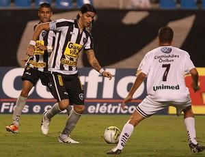 loco abreu botafogo x resende (Foto: Fernando Maia/Globo)