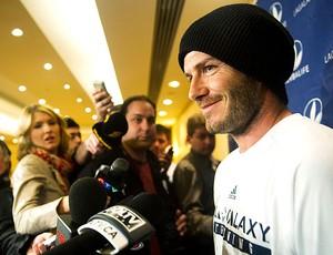 Beckham durante entrevista do LA Galaxy (Foto: AP)