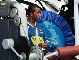 João Filipe treino Botafogo (Foto: Gustavo Rotstein/Globoesporte.com)