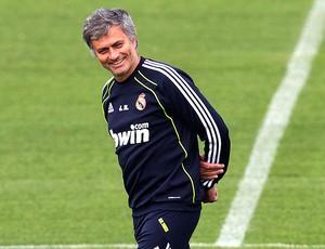 José Mourinho no treino do Real Madrid (Foto: AP)