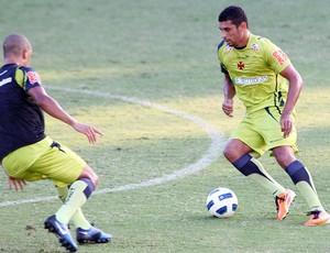 Diego Souza treino Vasco (Foto: Fotocom)