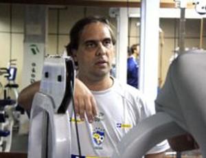 Preparador físico João Romano, da seleção brasileira de futsal (Foto: Divulgação / Beto Costa/CBFS)