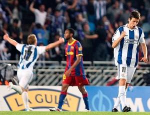 Diego Rivas comemora gol do Real Sociedad contra o Barcelona (Foto: EFE)