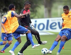 Felipe no treino do Flamengo (Foto: Cezar Loureiro / Agência O Globo)