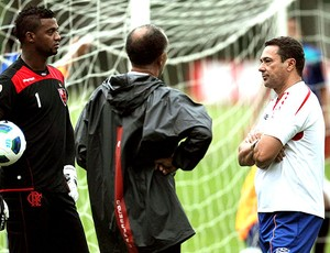 Vanderlei Luxemburgo e Felipe no treino do Flamengo (Foto: Cezar Loureiro / Agência O Globo)