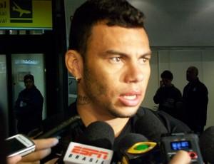 Rodolfo, zagueiro do Grêmio (Foto: Eduardo Cecconi/Globoesporte.com)