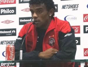 paulo roberto, do atlético-pr (Foto: Fernando Freire/Globoesporte.com)