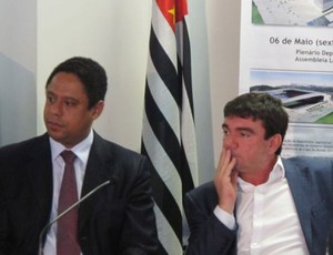Ministro Orlando Silva Jr e Andrés Sanches (Foto: Leandro Canônico / Globoesporte.com)