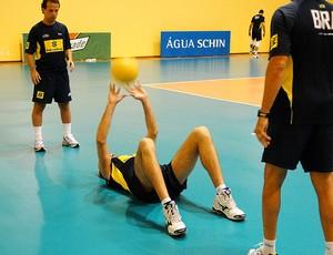 vôlei lucão brasil treino (Foto: Helena Rebello / Globoesporte.com)