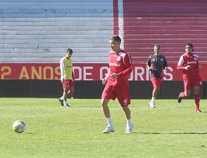 Dalessandro treino Internacional (Foto: Alexandre Alliatti / Globoesporte.com)