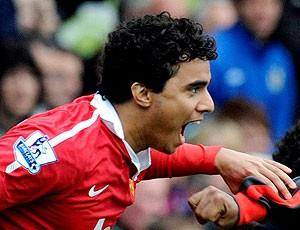 Fábio comemora título do manchester united (Foto: Reuters)