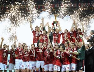 Com dois de Robinho, Milan vence o Cagliari em 'festa' pelo título italiano (agência AFP)